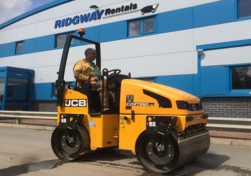 120-bomag-roller-hire